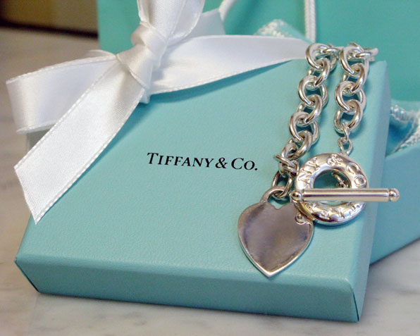 Blanche Macdonald Website Launch Tiffany Necklace Contest