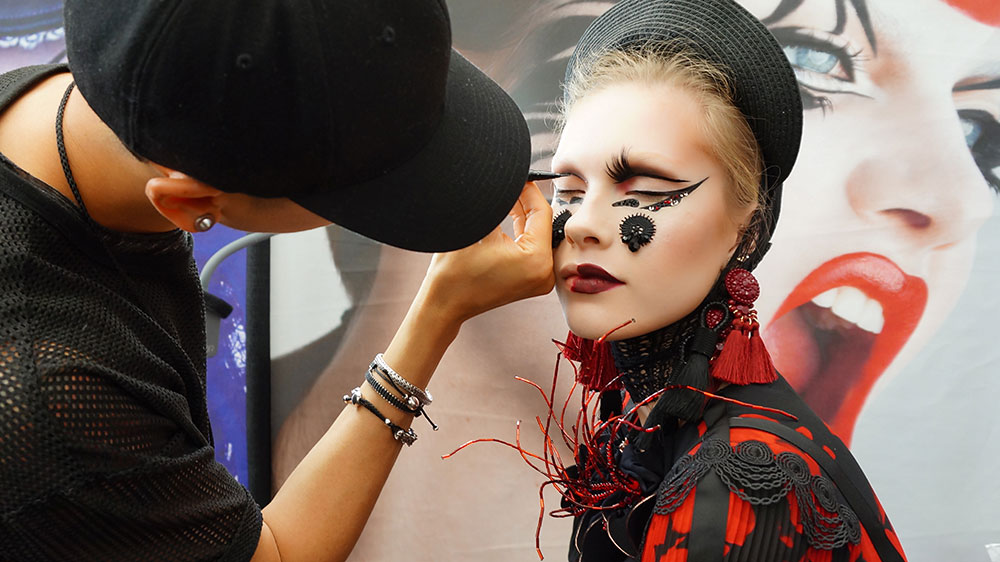 makeup artist turned instructor timothy hung extreme fashion makeup demo imats 2017