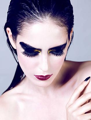 paloma guerard eye makeup