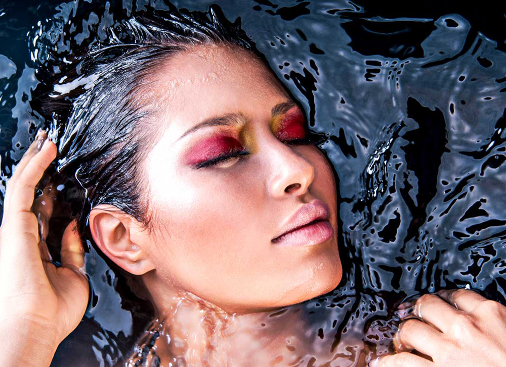 paloma guerard water photoshoot creative