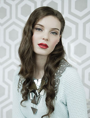 red lips makeup by aya coulter
