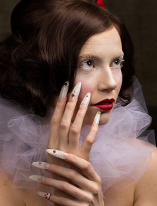 top beauty school graduate paige roy snow white makeup and nail art