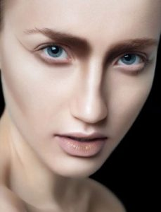 win liu neutral beige contour makeup