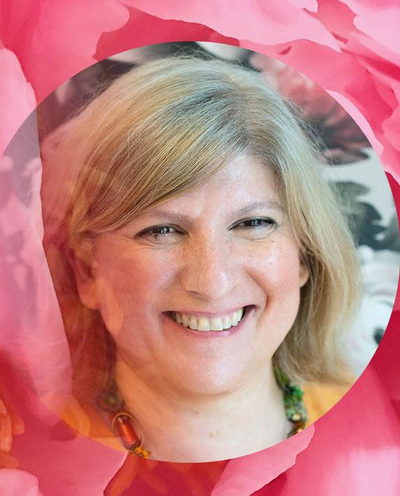 The Art of Inspiration: Graduate-Turned-Director of Esthetics Simona Gozner