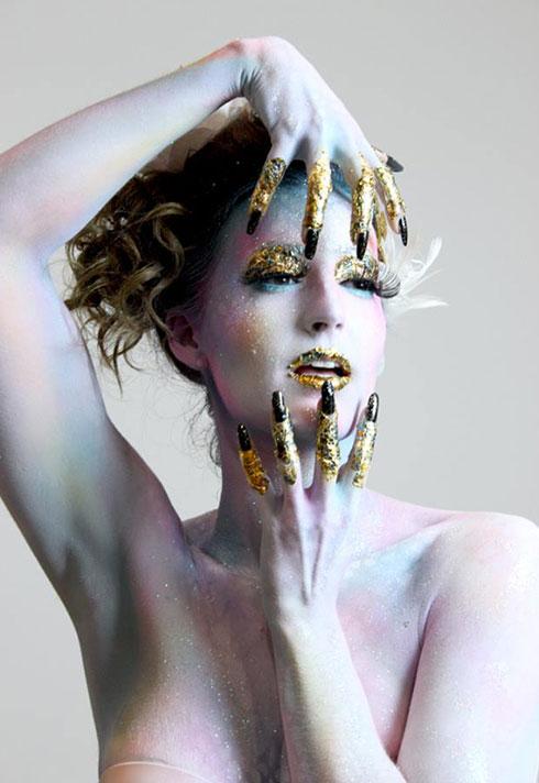 jennifer little airbrush holographic gold bodypaint
