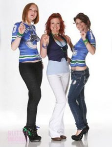 canucks jersey trompe oeil bodypainting