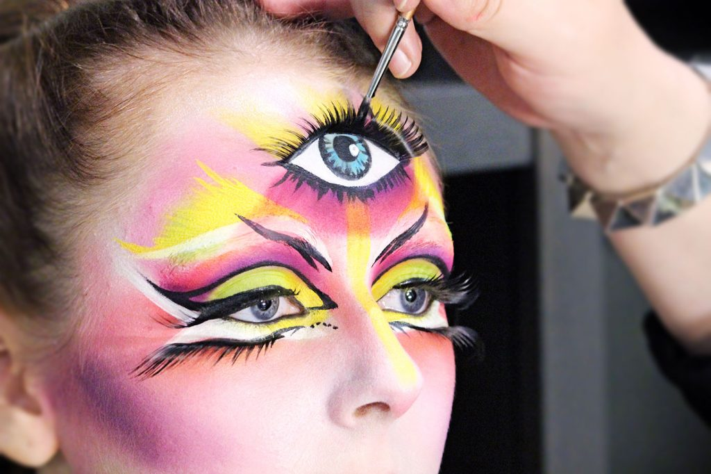 top makeup school graduate jenna kuchera third eye