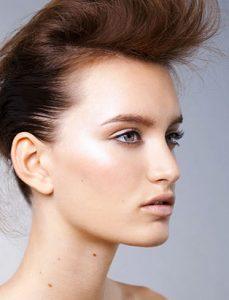 breianna neeser top makeup artist clean makeup