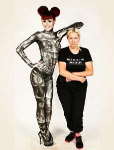 top makeup instructor bodypainter daemon cadman robot bodypaint next to daemon