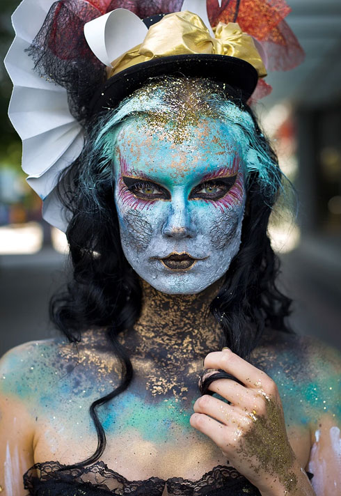 top makeup school graduate eva svobodova fantasy venetian bodypaint