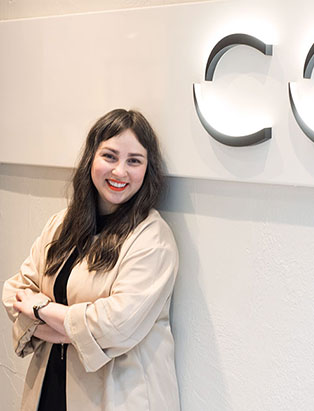 Fashion Fervour: Blanche Macdonald Global Fashion Marketing Graduate Janelle Knihnitski Shines at COS Vancouver