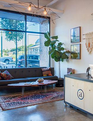 eliza trendiak salon owner artel salon interior