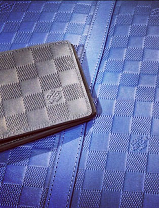 top fashion graduate brian chang visual merchandiser at louis vuitton leather damier wallet