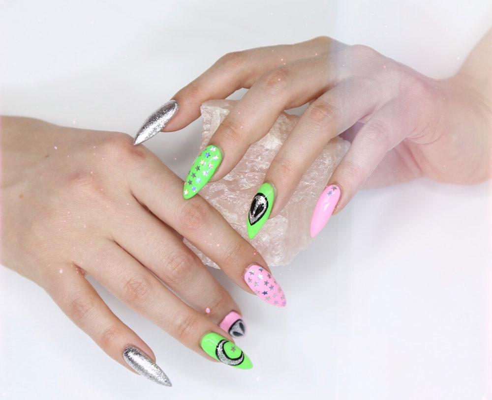 little mythy top nail school graduate alien nail art