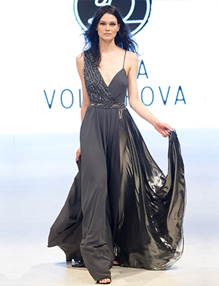 bmc vfw runway dasha volokhova look 1