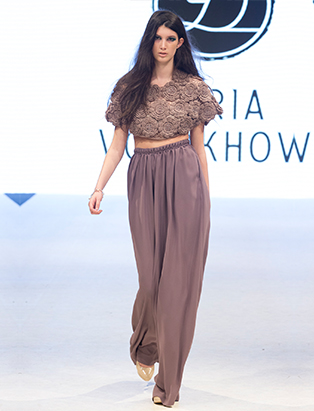 bmc vfw runway dasha volokhova look 2