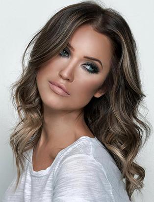 top makeup school graduate sara rose kaitlyn