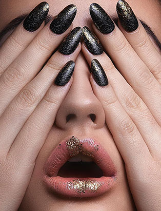 Blanche Macdonald Nail Graduate Stefania Flex Flexes her Nail Prowess at Fashion Weeks