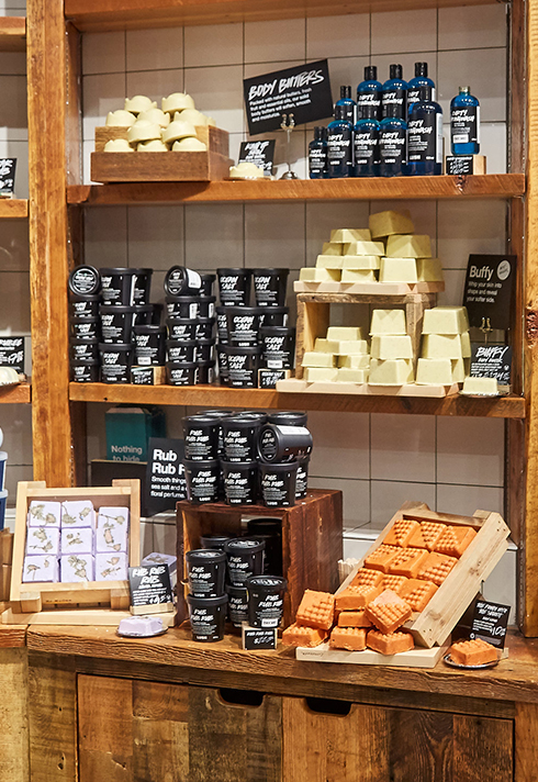 lush visual merchandiser kyle ziegenhagel shelving display