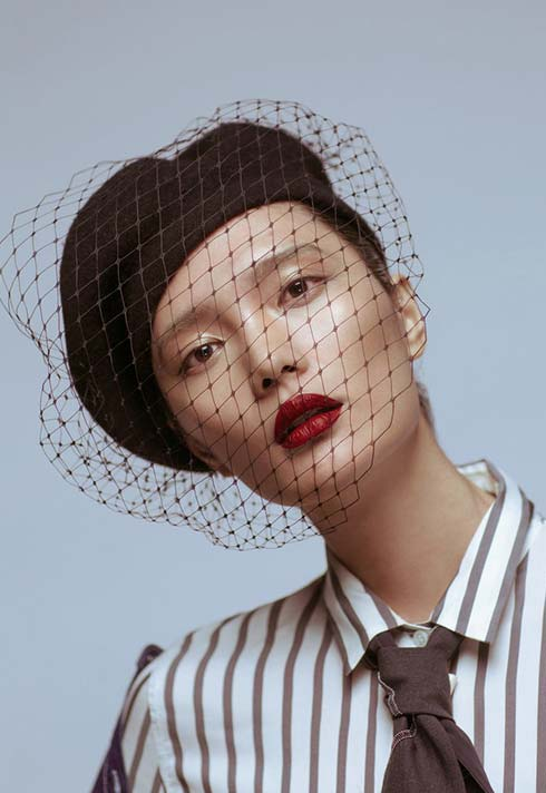 Jerry Kuo, artist, Blanche Grad, makeup, Asia, red lips, striped shirt