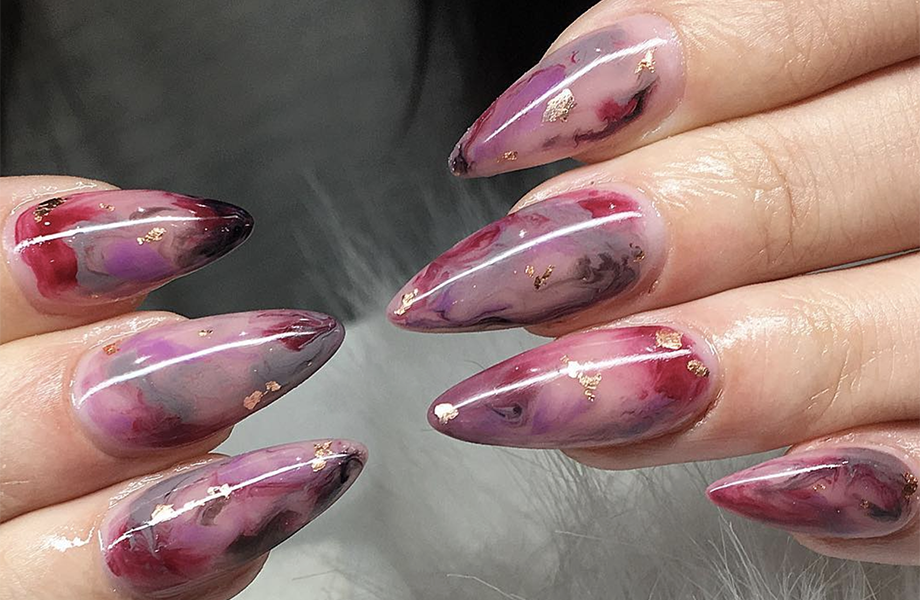 Blanche Macdonald instructor and nail artist Alejandra Ramazzi's marbled gold foil nail creation