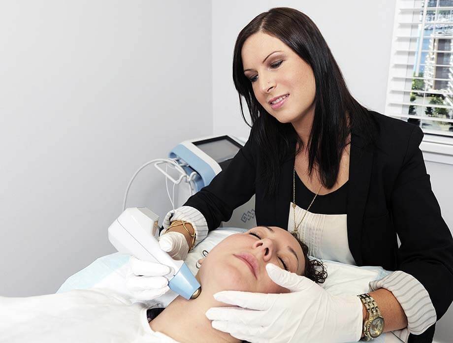 top spa school graduate catherine nordman performs a customized skincare treatment