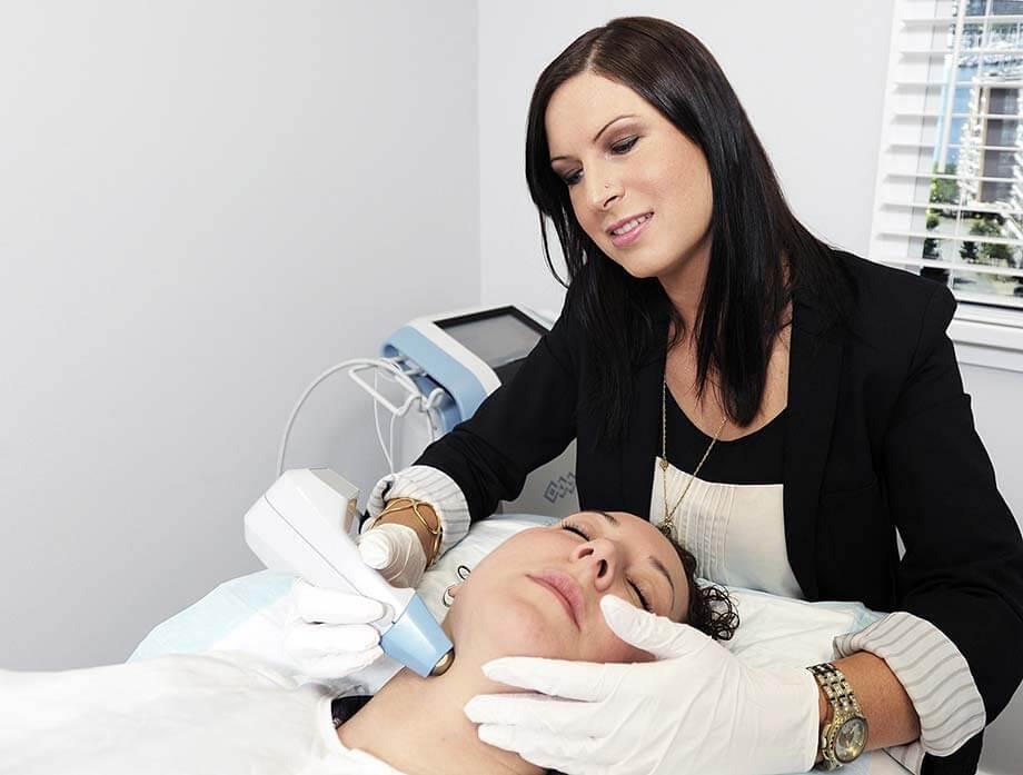 top spa school graduate catherine nordman performs a customized skincare treatment