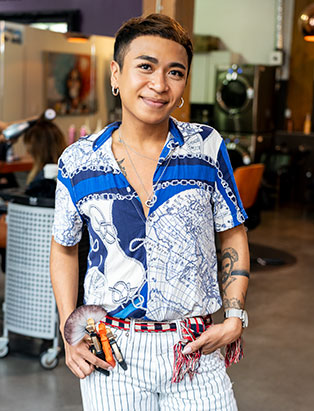 Pro Hair Graduate Coco Manzano is the Master of Dramatic Hair Transformations at Downtown Vancouver's Edgy Style Lab HQ Salon.